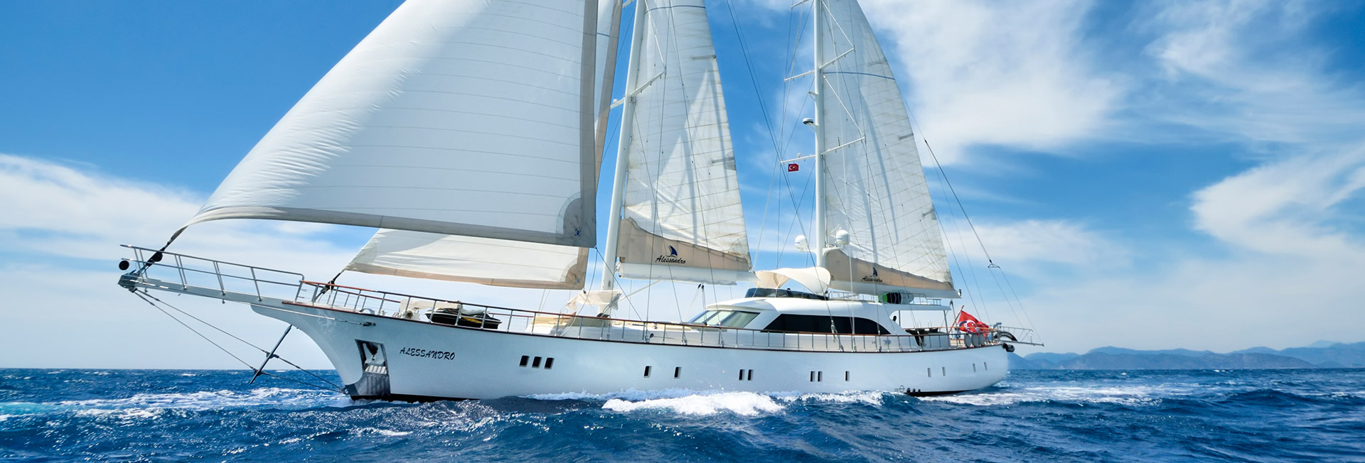 Luxury Yacht Charter